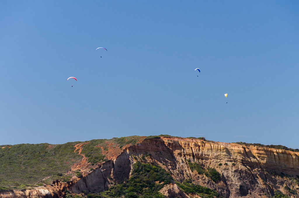 paragliders-over-jarosite-headland