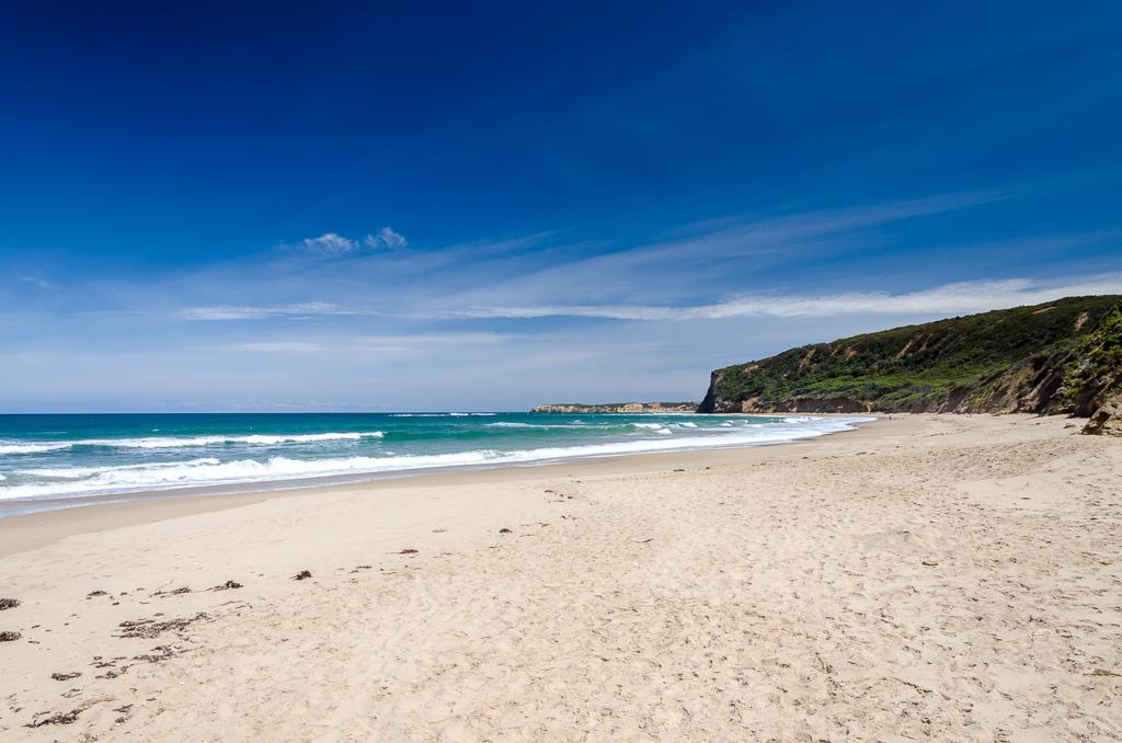 walking-beach-towards-point-addis
