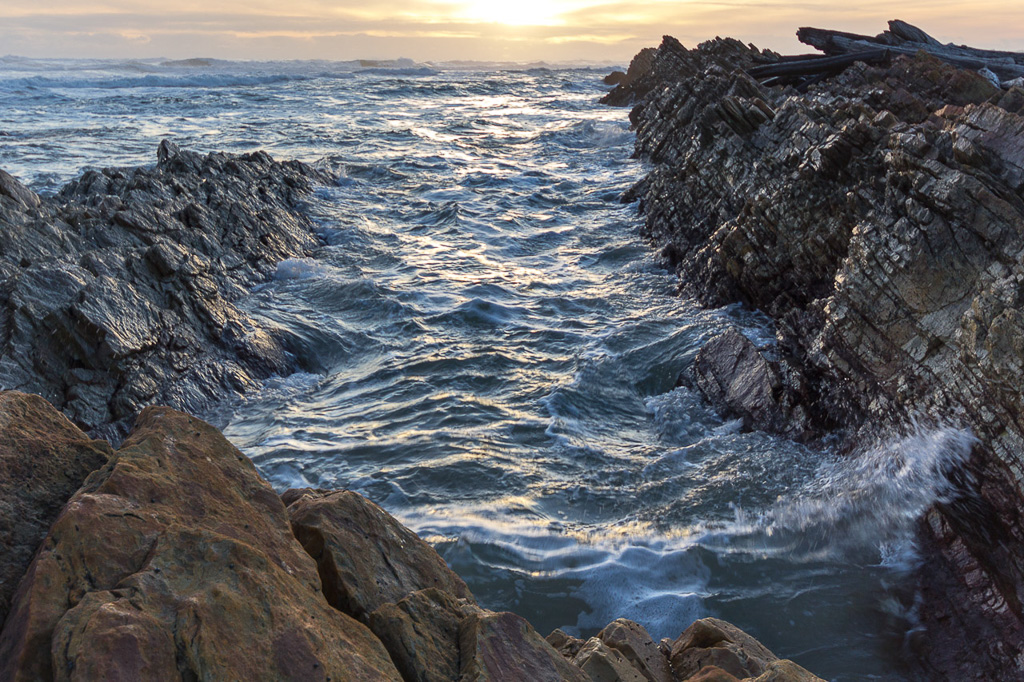 sunset-ocean-gardiner-point