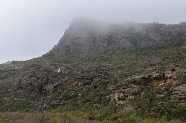 briggs-bluff-in-cloud-grampians