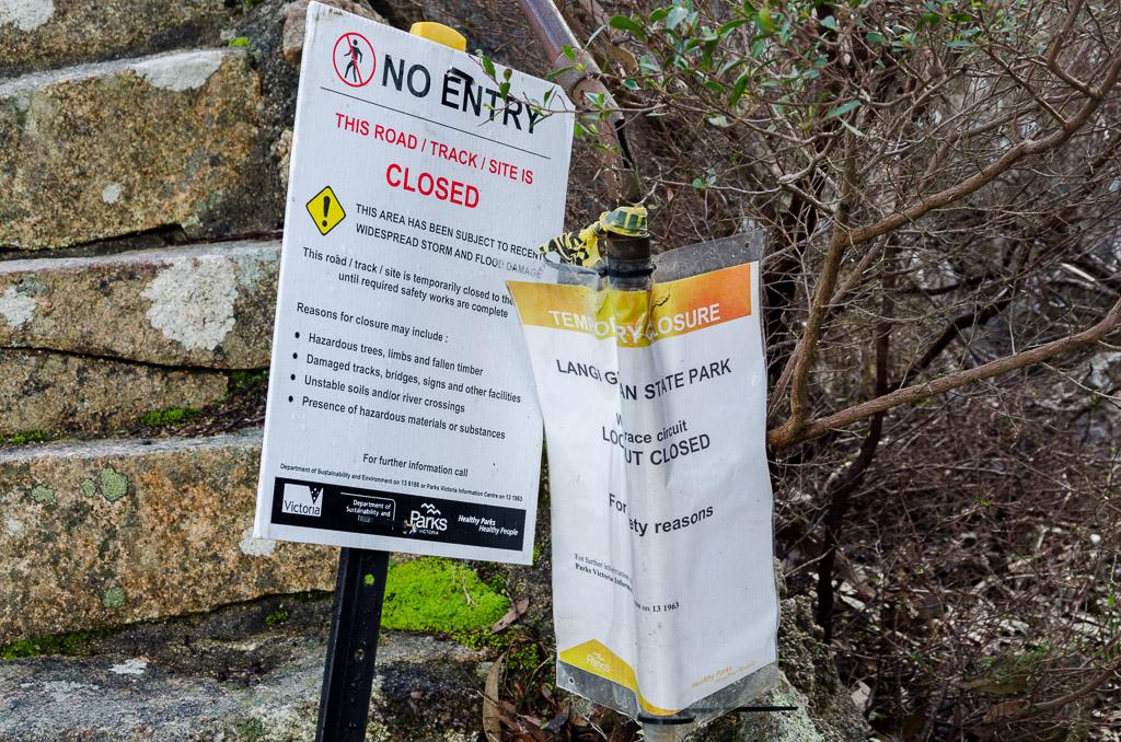 track-closure-sign-langi-ghiran-state-park