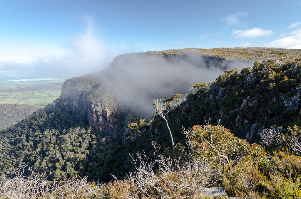 low-cloud-on-major-mitchell-plateau
