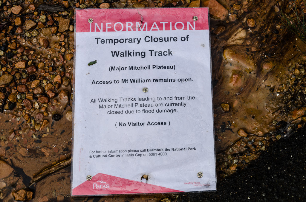 parks-victoria-track-closed-sign