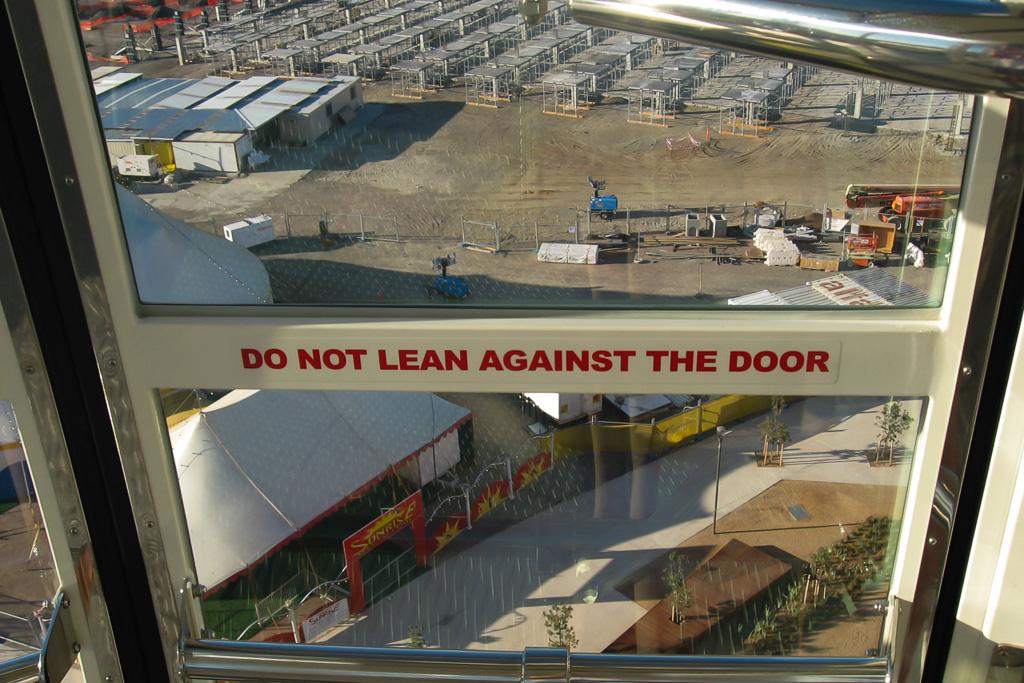 do-not-lean-against-the-door