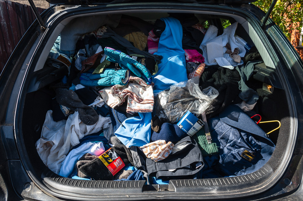 car-loaded-with-clothes