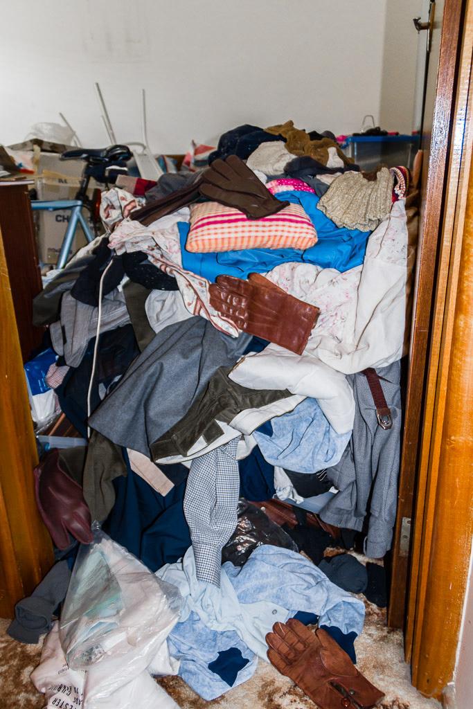clothing-pile