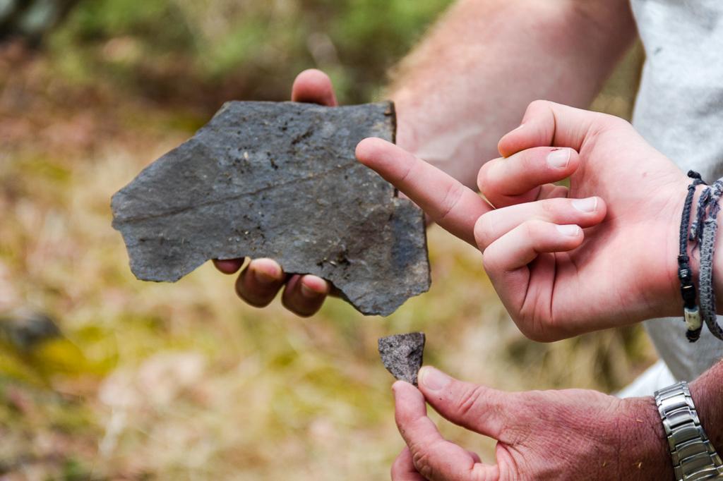 rock-shaped-like-australia