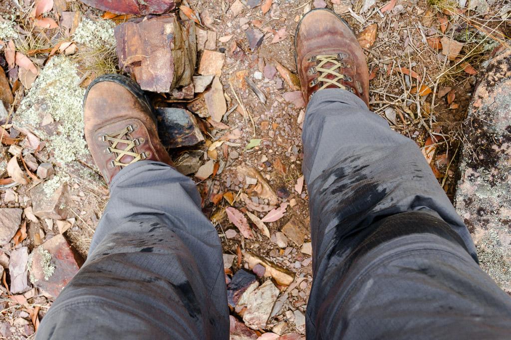 sweat-on-knees-hiking-pants