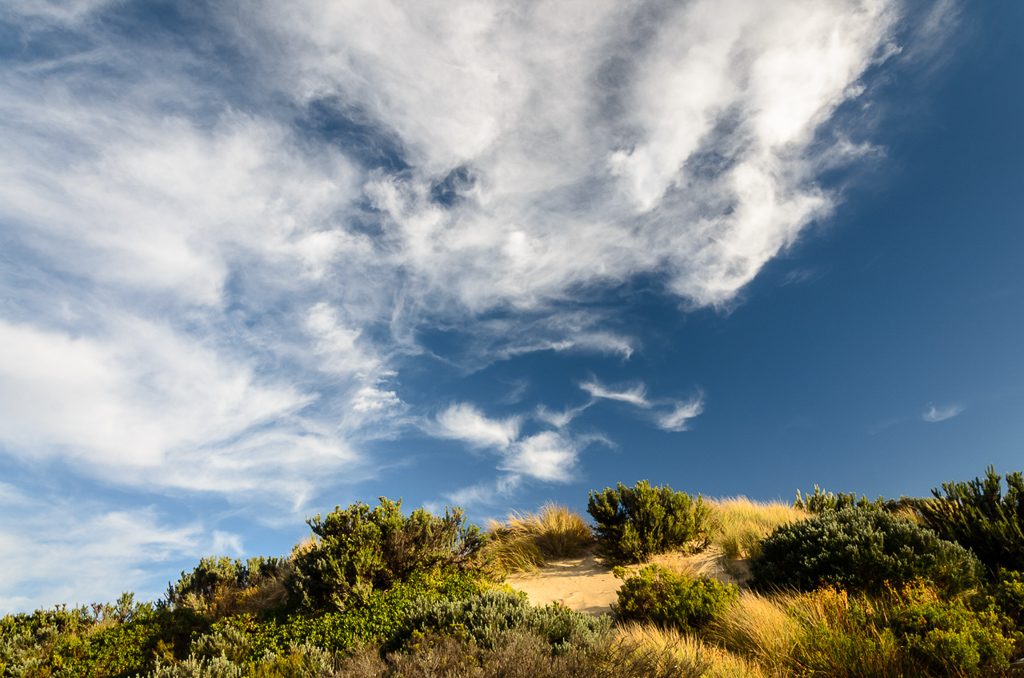 sky-above-white-sands-camp
