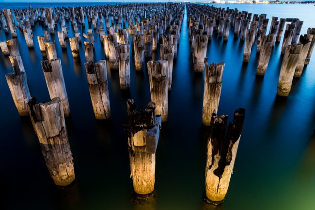 pylons-princes-pier-port-melbourne