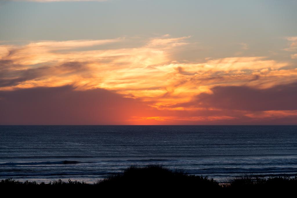 sunset-over-ocean-venus-bay