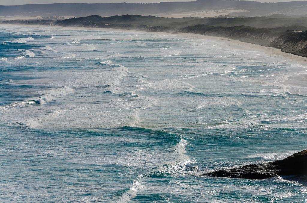surf-waves-near--bridgewater