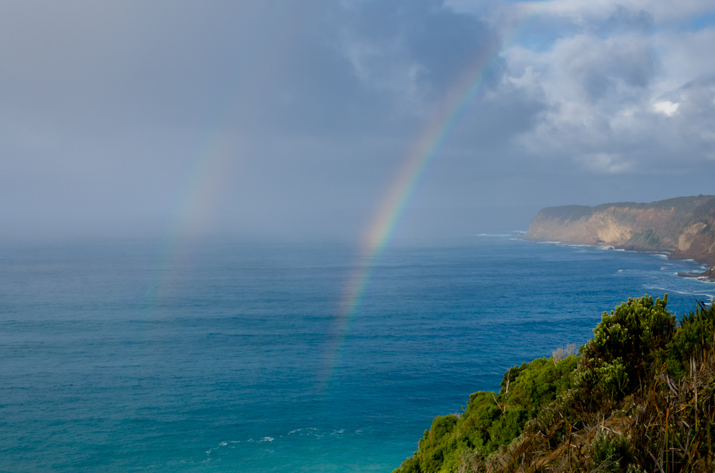 double-rainbow-over-ocean