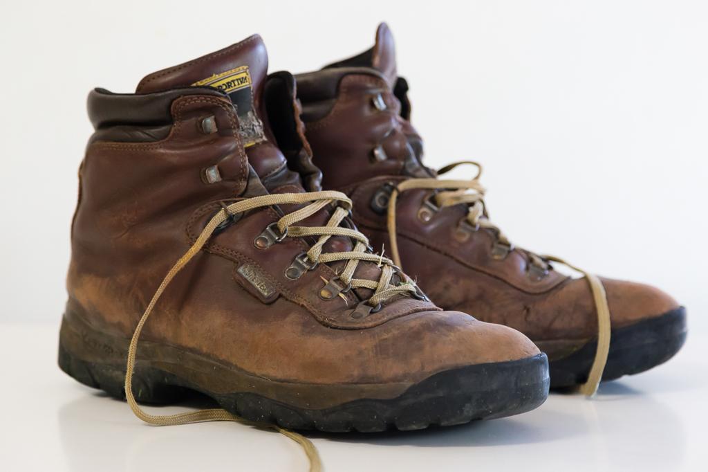 la-sportiva-tibet-boots