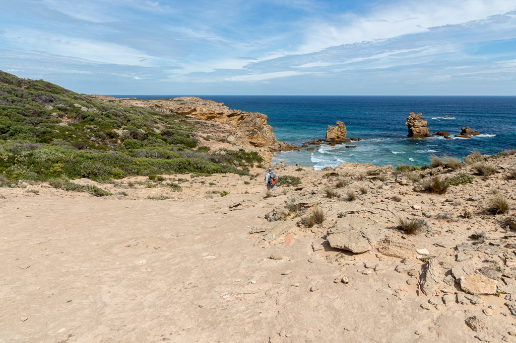 walking-cliffs-near-the-arch