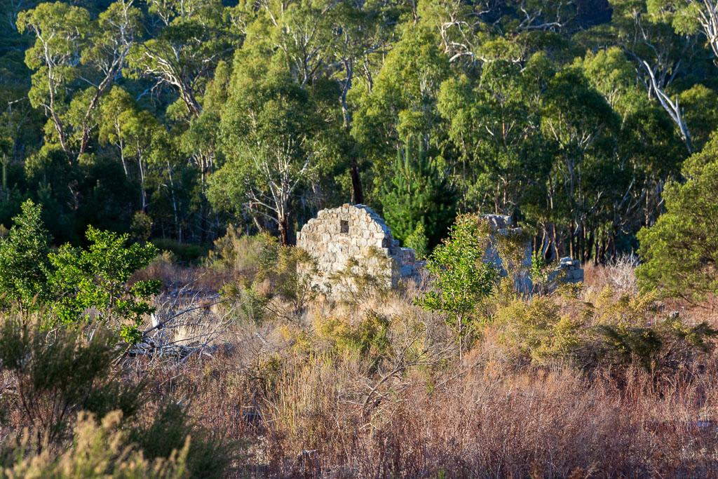 old-granite-cottage-mount-alexander
