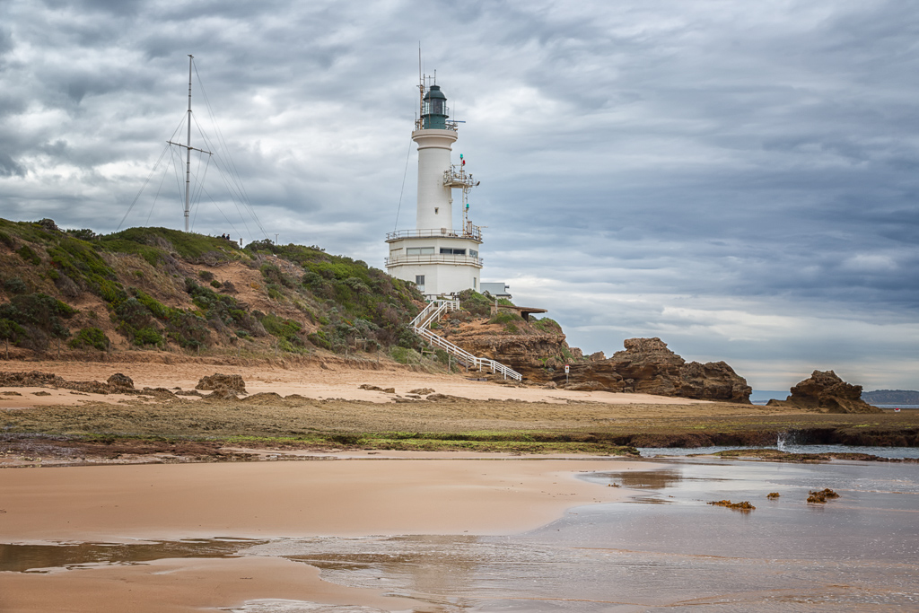 point-lonsdale-lighthouse-low-tide-on-beach