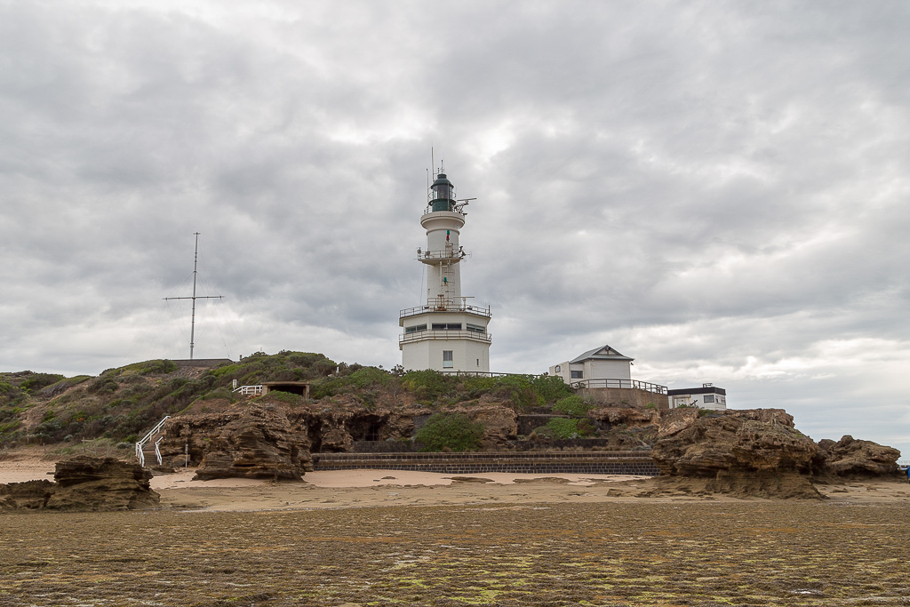 point-lonsdale-lighthouse-low-tide