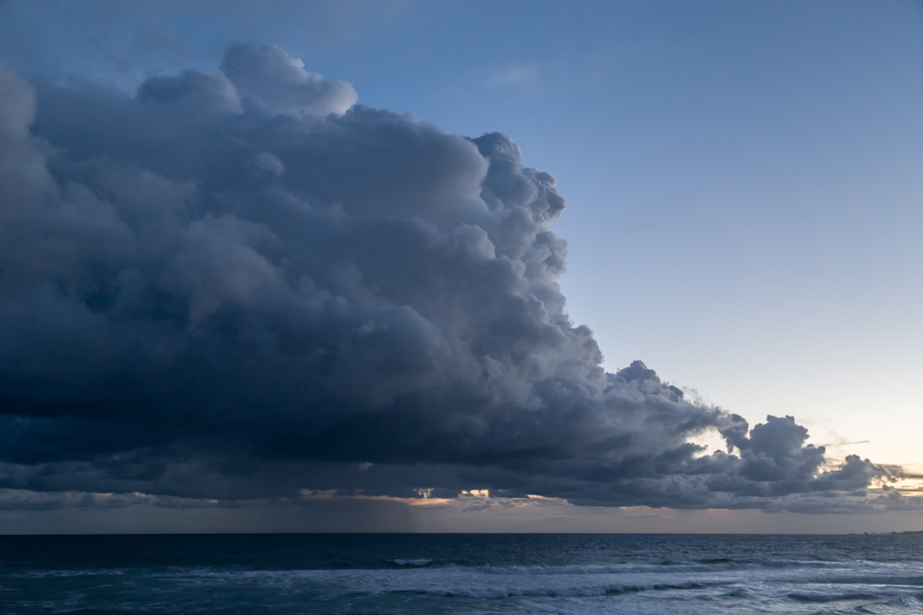 stratocumulus-clouds-above-ocean