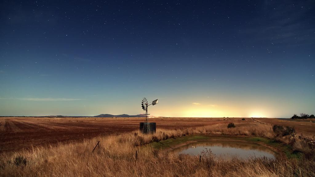windmill-night