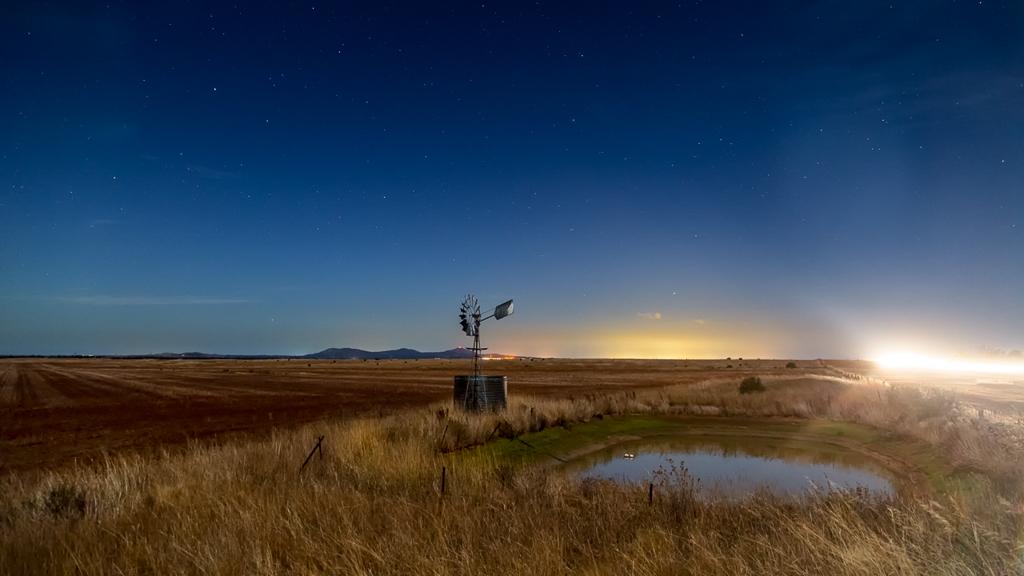 windmill-night-car-passing