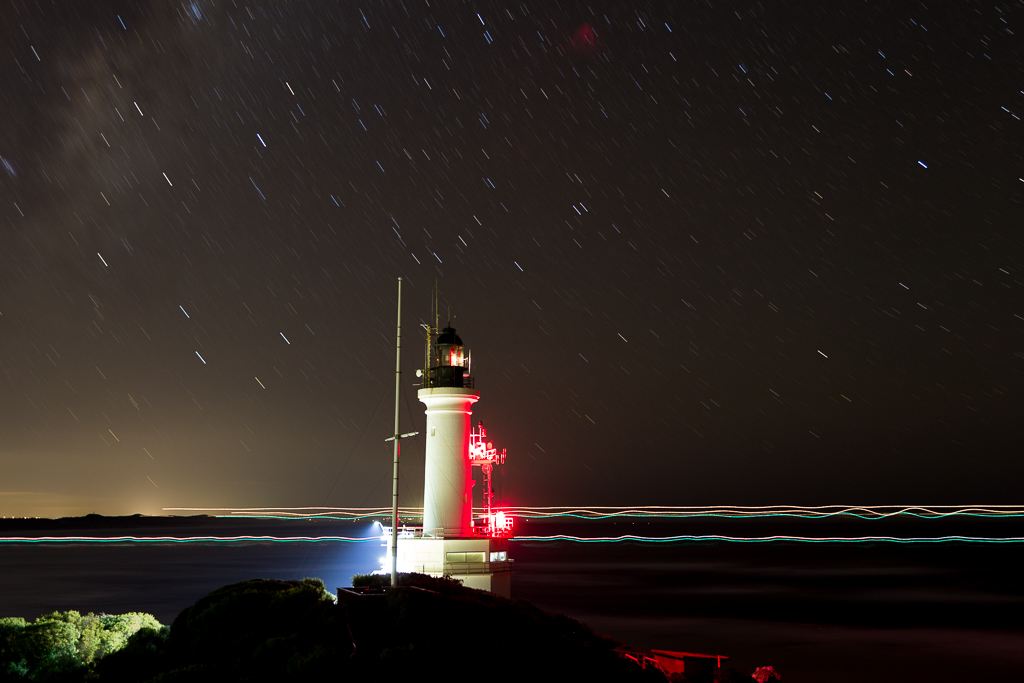 ship-passing-point-lonsdale-lighthouse-night