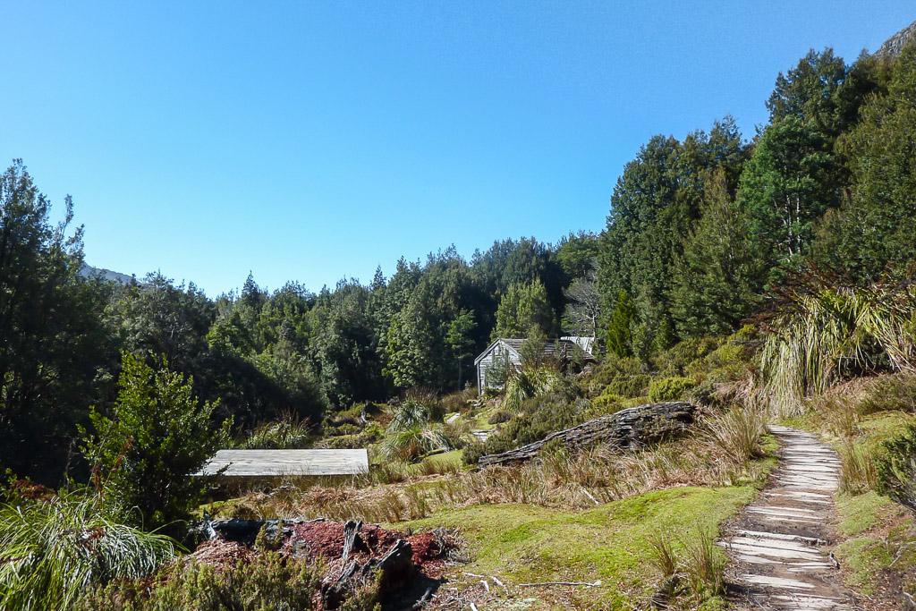 ducane-hut-overland-track
