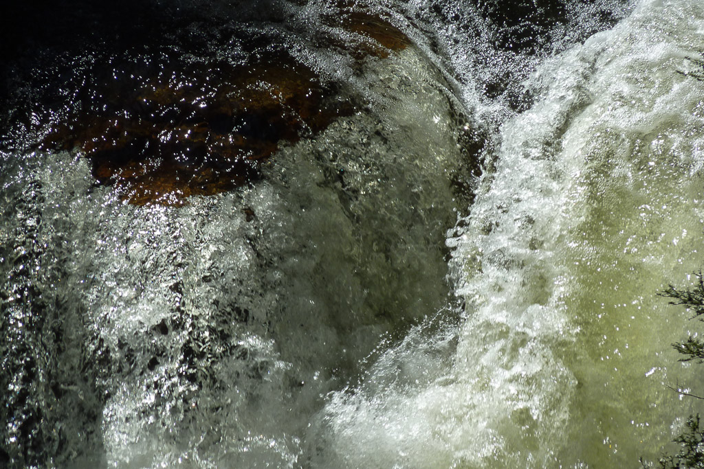 fergusson-falls-tasmania