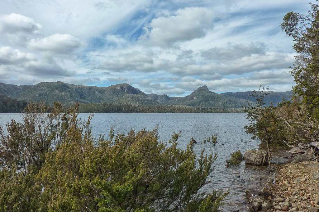 mount-ida-and-lake-st-clair-tasmania