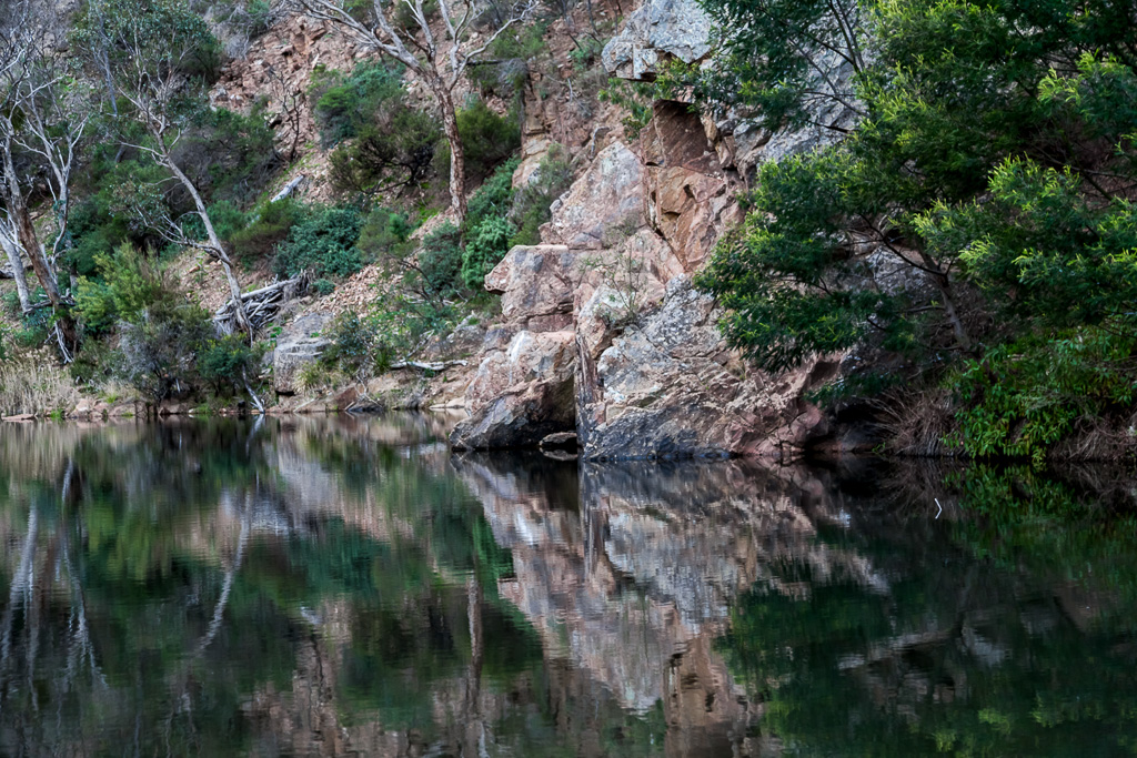 water-reflections-lerderderg-gorge
