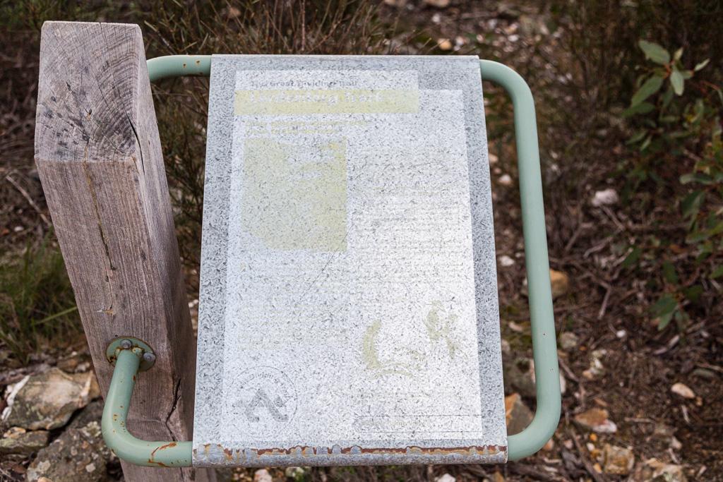 worn-sign-lerderderg-gorge