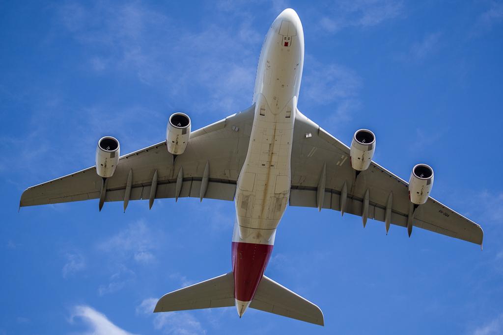 Airbus_A380_VH_OQA