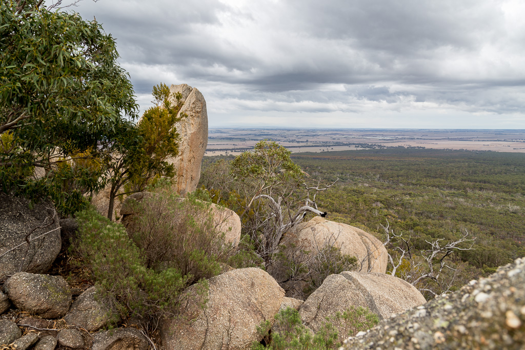 boulders-east-west-walk-you-yangs