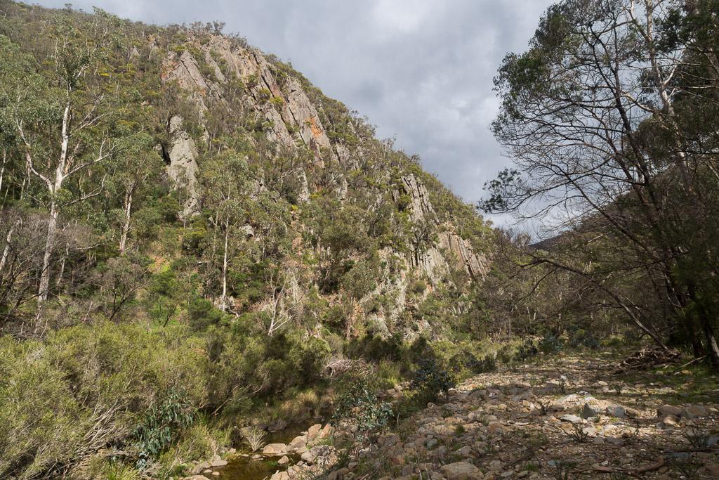 cliff-lerderderg-gorge