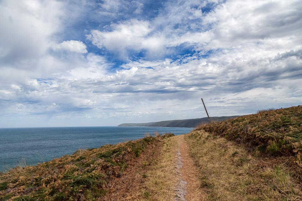 climbing-bald-hill-great-ocean-walk