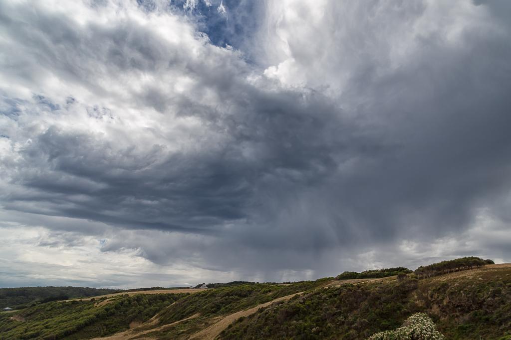 rain-clouds-great-ocean-walk