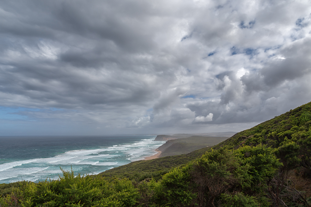 coast-view-great-ocean-walk