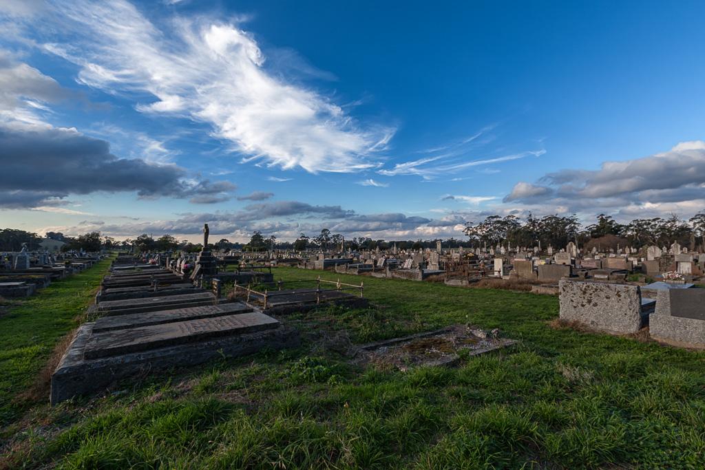 daylesford-cemetery