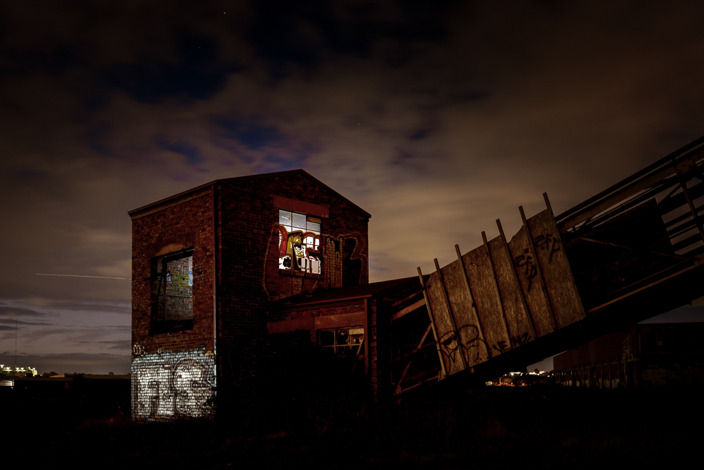 abandoned-bradmill-cotton-mill-yarraville