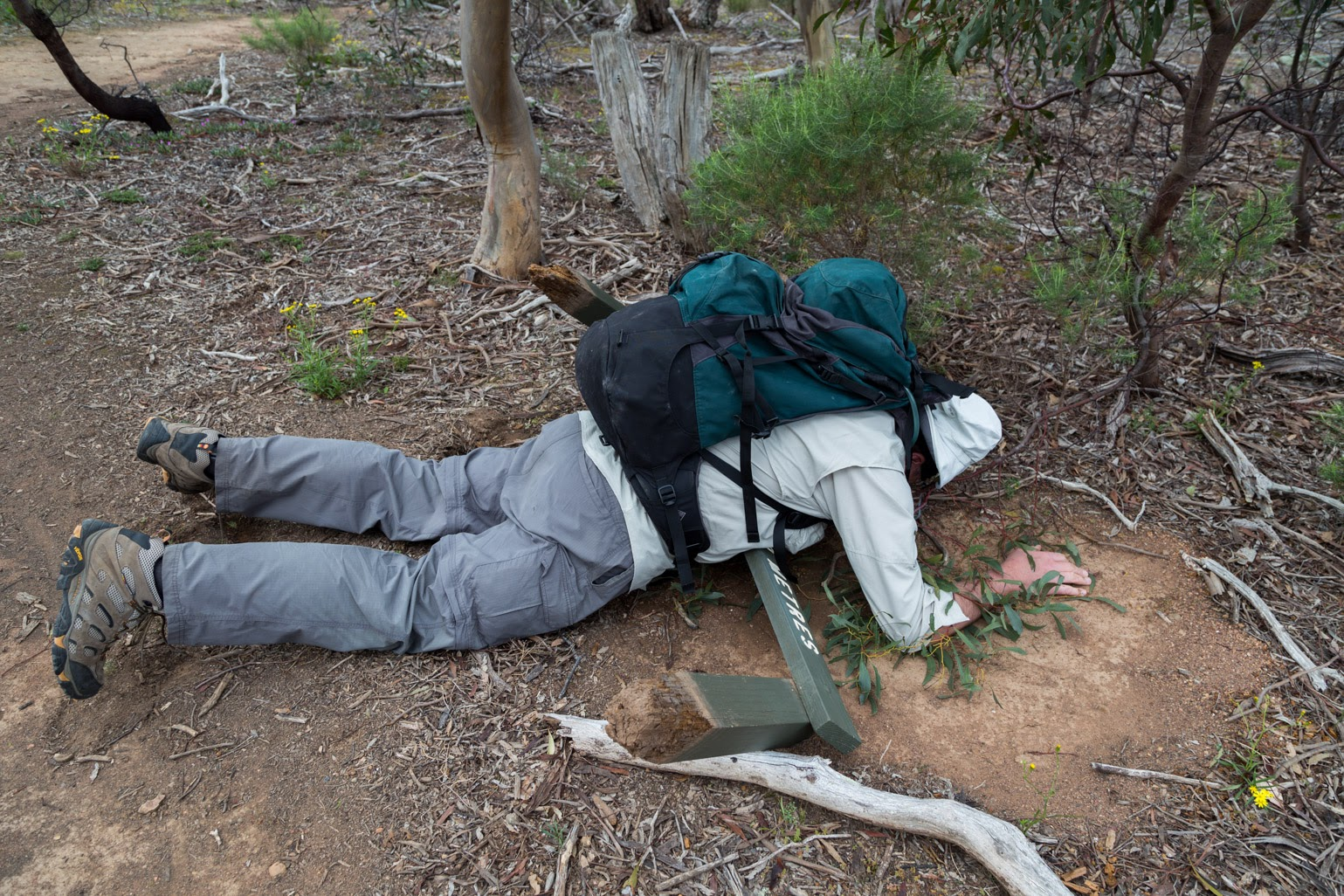 lying-on-sign-werribee-gorge