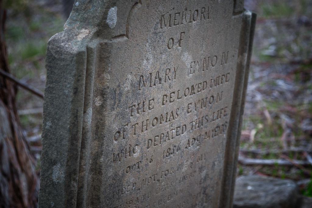 gravestone-chinese-cemetery-vaughan