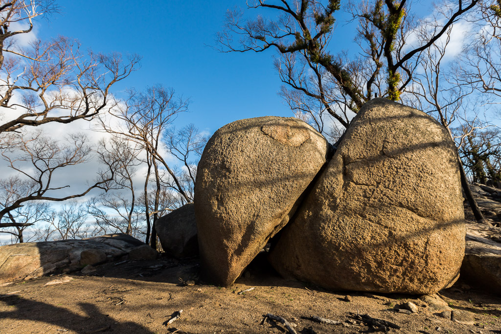 sun-glow-on-boulders-black-hill-reserve