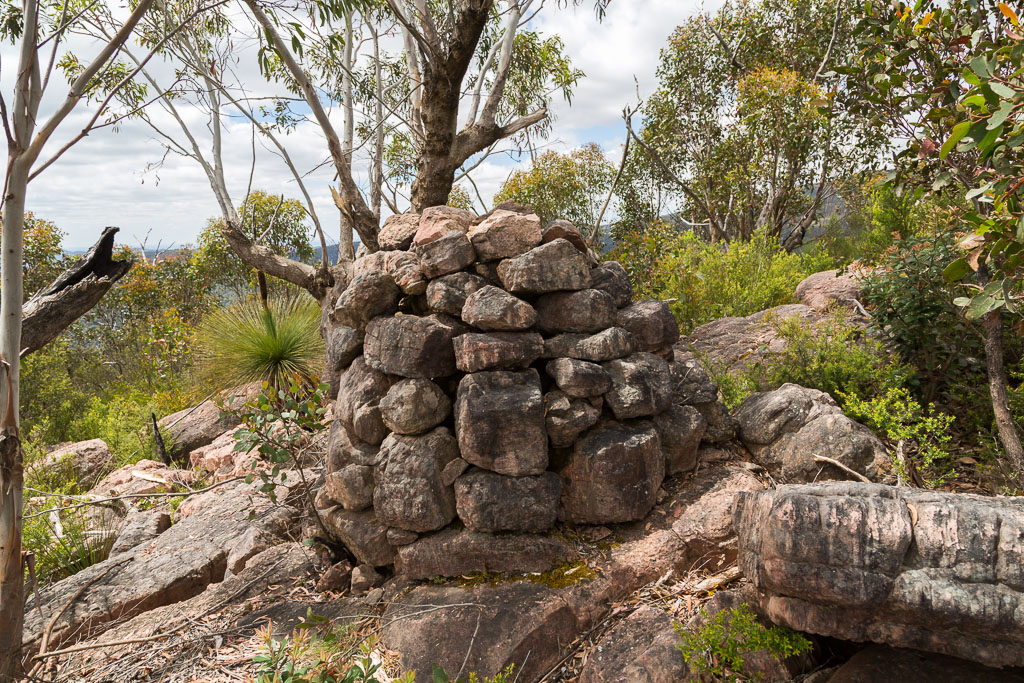 cairn-cathedral-rock-grampians