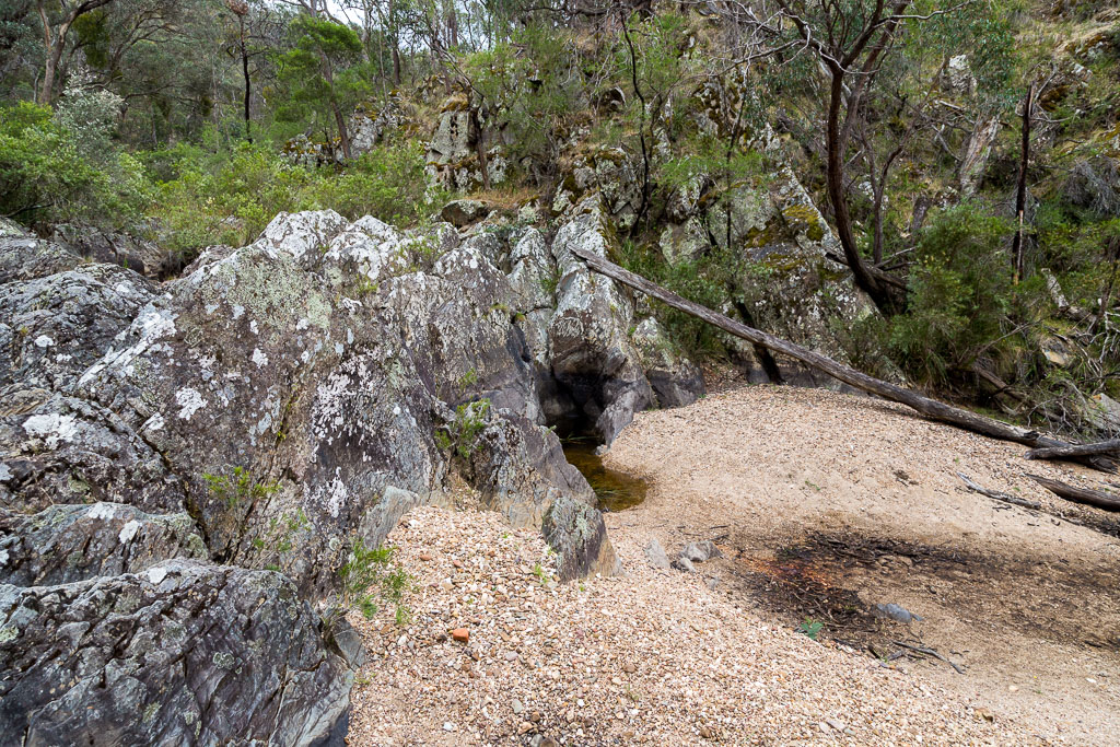dry-waterfall-sutherland-creek-steiglitz