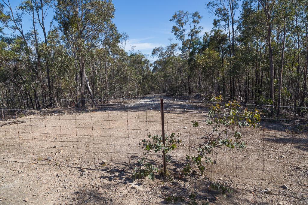 fence-line-pyrete-range