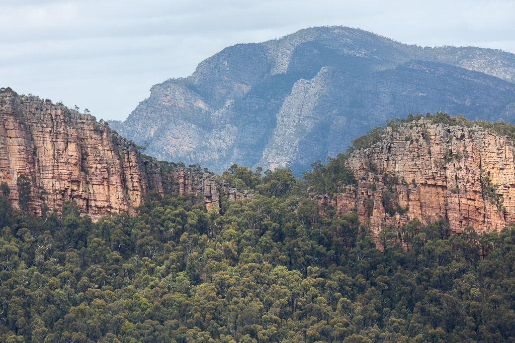 notch-cathedral-rock-grampians