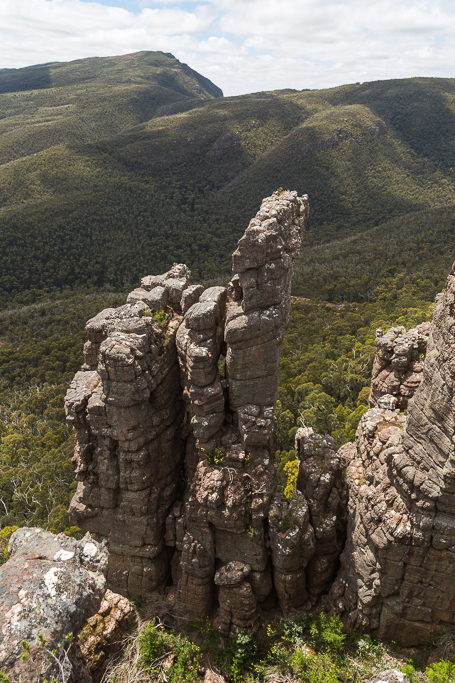 rock-pillar-cathedral-rock-grampians