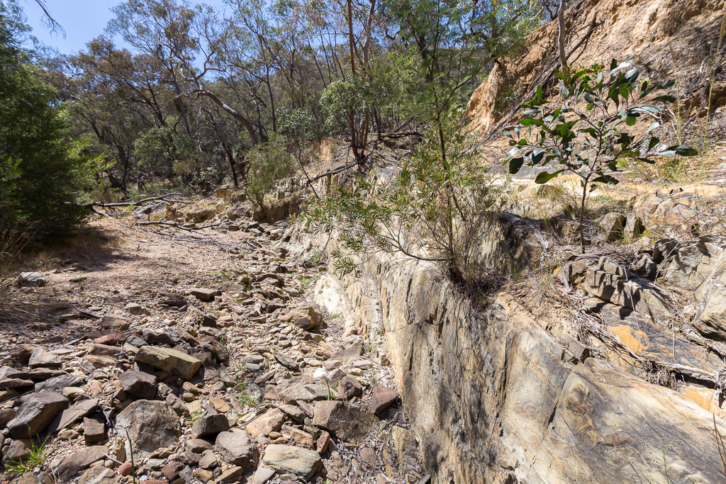 rock-wall-sutherland-creek-steiglitz