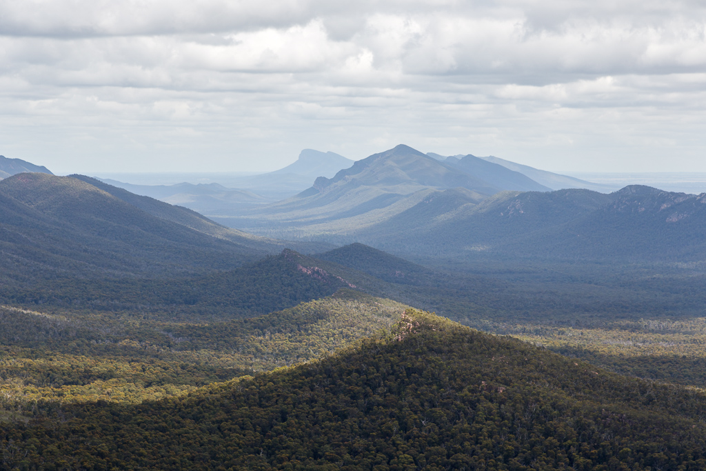 serra-range-from-top-cathedral-rock-grampians