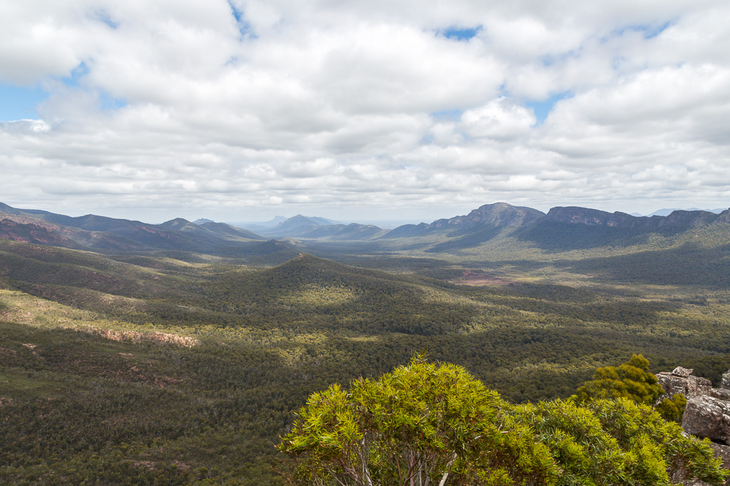 view-from-top-cathedral-rock-grampians